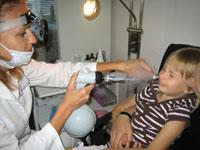 Как лечить аденоиды у детей подскажет