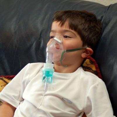 Использование небулайзера детьми при аденоидах