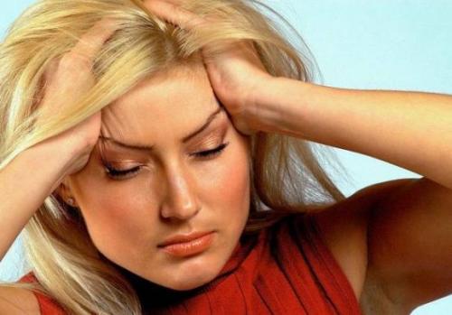 головная боль при месячных